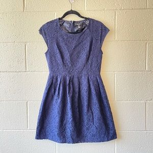 5 for $25 Forever 21 Navy Lace Cap Sleeve Dress